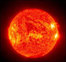 En combien de temps le soleil produit-il autant d'énergie que l'homme durant toute son histoire ? (Durant toute l'histoire de l'homme)