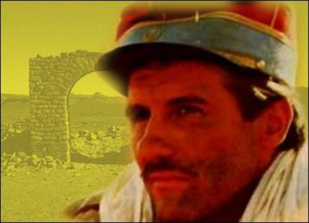 Les amours d'un officier français de garnison avec Louise Tissot, une romancière très libérée, sur fond de désert saharien...