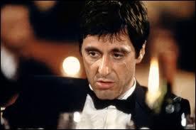 Quelle est l'expression hautement symbolique qui apparaît dans le film   Scarface   de Brian De Palma ?