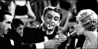Quel acteur interpréta l'homme au visage balafré dans le premier   Scarface   de Howard Hawks ?