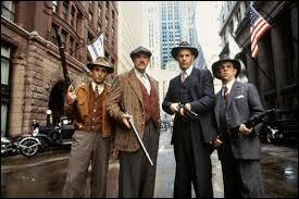 Qui joue le rôle d'Elliot Ness dans le film inspiré de la série télévisée   Les incorruptibles   ?