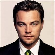 Leonardo DiCaprio est-il gaucher ou droitier ?