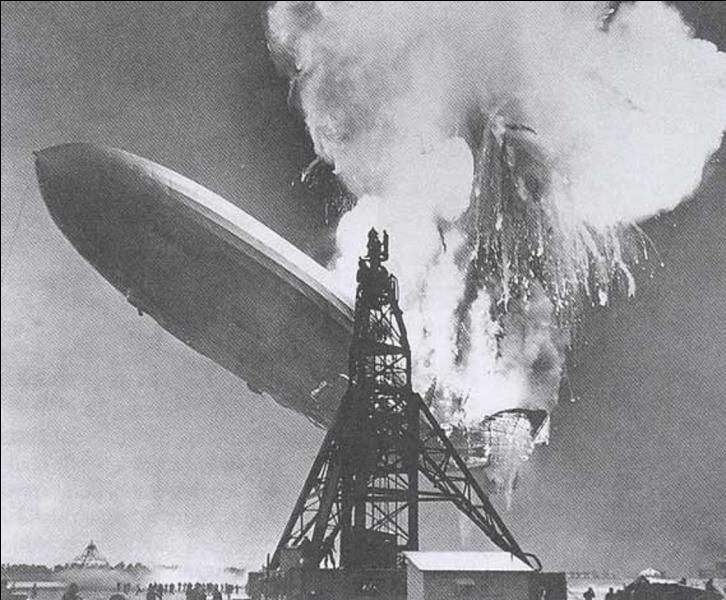 Mais que s'est-il réellement passé lors du crash de dirigeable Hindenburg le 6 mai 1937, sur l'aéroport de Lakehurst, près de New York ?