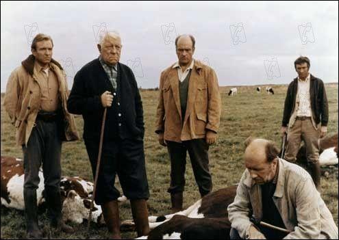 Quel est ce film de Pierre Granier Deferre dans lequel Jean Gabin joue le rôle d'un riche fermier normand ?