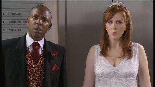 Comment s'appelle l'homme que Donna allait épouser (Le mariage de Noël) ?