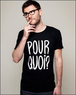 Comment s'appelle le site de T-shirts que Cyprien a créé ?