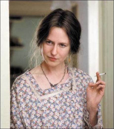 Avec ce style mémère  Petite maison dans la prairie , on ne se doute pas que cette actrice est en fait la sublime :