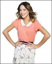 Dans quelle série joue-t-elle sur 'Disney Channel' ?