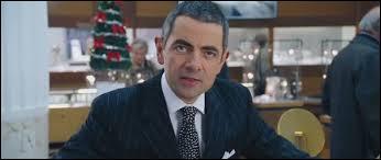 Pour finir, saluons Rowan Atkinson qui tient un rôle superbe ! Une autre célébrité apparait en guest-star dans le rôle de Joanna, la femme des rêves de Daniel, qui est-ce ?