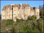 Le château de Boussac est le plus gros monument de son département. Sur son éperon rocheux, il s'impose avec son donjon, ses murailles et ses tours. Où est-il situé ?