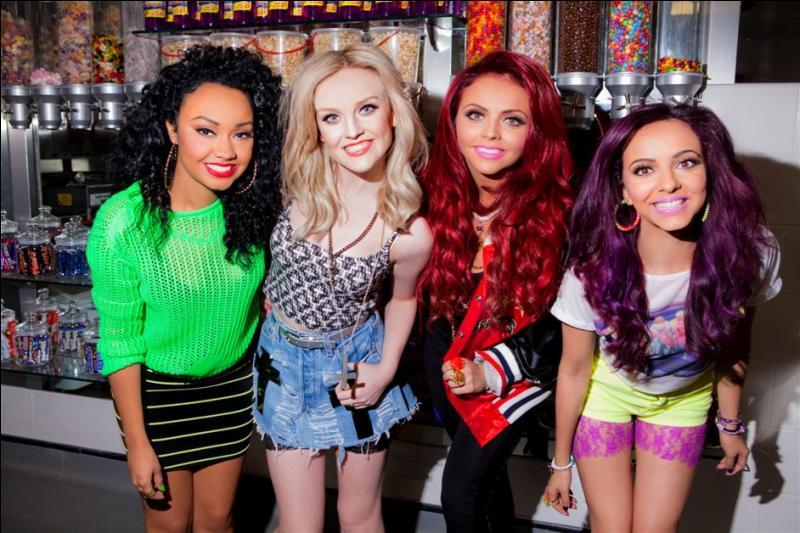 Qui sont belles jeunes filles dont une est la fiancée de Zayn Malik, membre des One Direction ?
