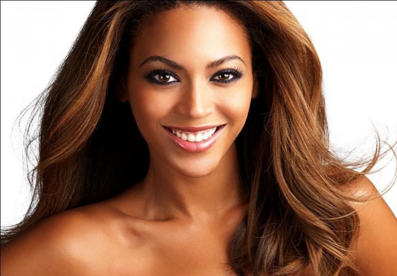 Connais-tu cette star qui est en couple avec Jay-Z ?