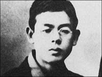 Il a composé «Menuet en si mineur» (piano) et «Kojo no Tsuki» (superbe). Il est du XIXème siècle et est mort à 23 ans. Quel est le nom de celui qu'on a souvent surnommé «Le Schubert Japonais» ?