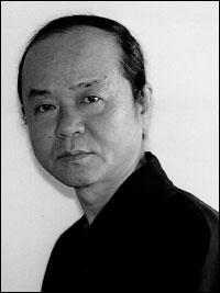 Il a composé «Stabat Mater», «Concerto pour violon», «Message pour le millenium», «Kiokoku» et «Kisetsu». Quel est son nom ?