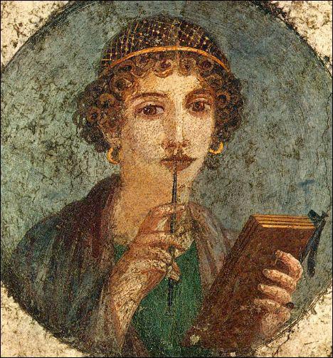 Vers l'an 600, une poétesse dirige sur l'île de Lesbos une école un peu particulière : c'est une confrérie religieuse ouverte aux jeunes filles et placée sous le patronage de l'amour, de la beauté et de la culture. Avec l'aide de la déesse Aphrodite, la poétesse enseigne l'art d'être femme ! Quel est son nom ?