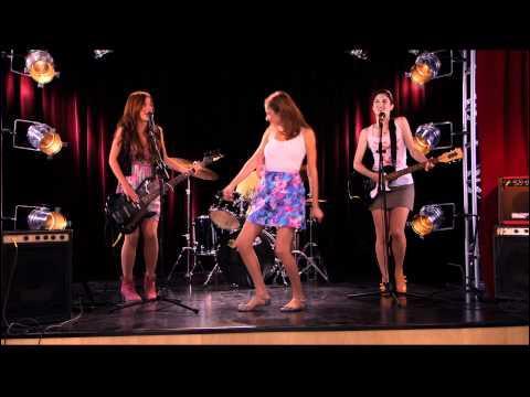 Et cette chanson chantée par les filles ?