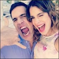 Lors du dernier épisode, Violetta et son père vont :