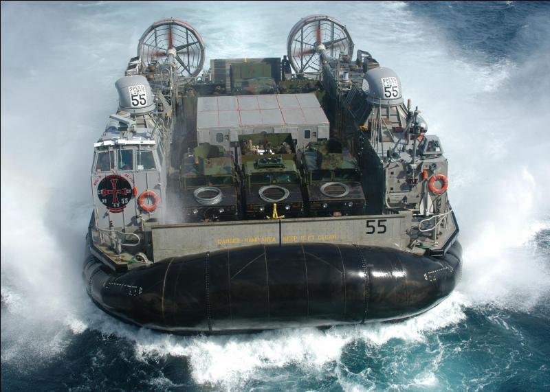 Quel est ce moyen de locomotion maritime ?