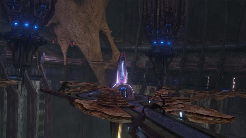 Quelle est la race qui passe d'Ennemis en Alliés et puis en Ennemis ? (Sachant qu'il ne faut pas compter Halo 1, 2 et 4 (Que Halo 3)) ?