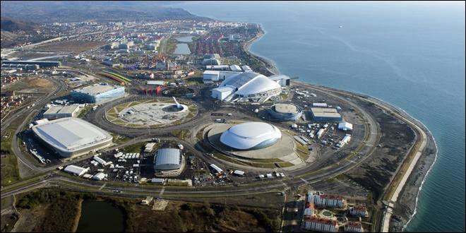 Commençons avec le plus léger de ces deux sujets, celui des Jeux olympiques d'hiver de Sotchi. Sur les rives de quelle mer cette ville est-elle localisée ?