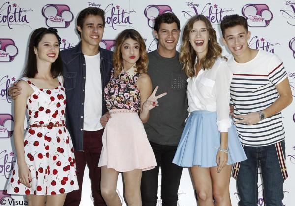Les acteurs de la série Violetta !