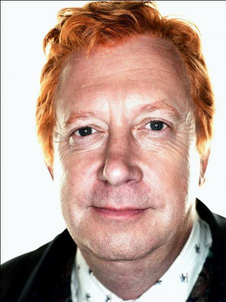 Qui joue le rôle d'Arthur Weasley ?