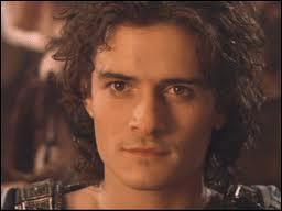 Mais c'est Orlando Bloom, il interprète un personnage ayant le même nom qu'une grande capitale européenne.Quelle est-elle ?