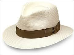 Le pays a le même nom que sa capitale et que ce chapeau.Quel est-il ?
