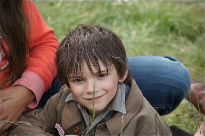 Comment s'appelle l'acteur qui incarne Sébastien dans le film de 2013 ?