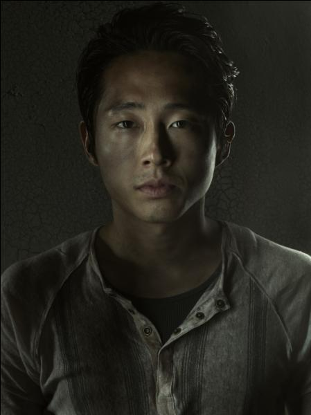 Glenn Rhee sauve la vie de qui et tombe amoureux de qui ?