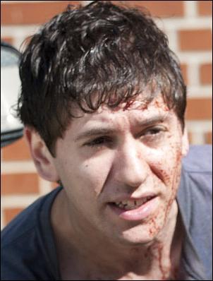 Randall Culver, un jeune homme membre du groupe de Dave et Tony, les deux hommes abattus dans le bar par Rick, s'est fait tuer. Par qui, et comment ?