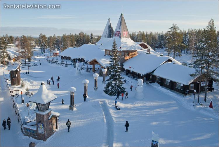 Dans quel pays se trouve la ville Rovaniemi , qui se proclame ville officielle du Père Noël ?