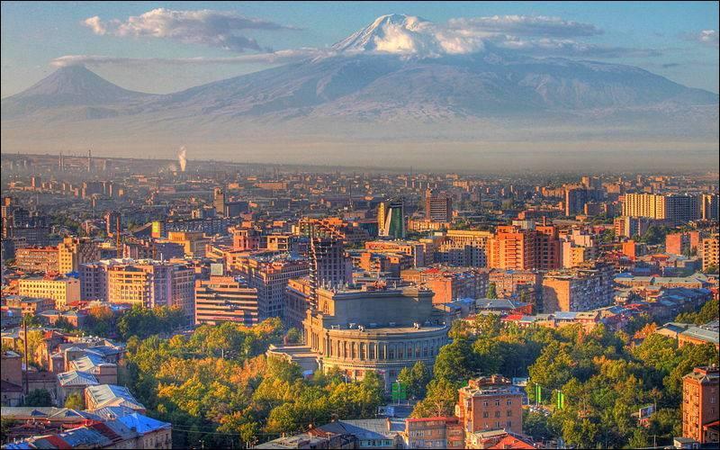 Quels sont les couleurs du drapeau arménien ?