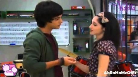 Francesca et Marco se sont disputés à cause de/d' :