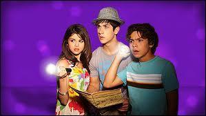 Dans quelle série Alex, Justin et Max sont-ils aussi apparus ?