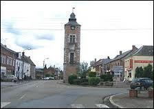 Pour terminer cette promenade franco-belge, je vous emmène à Pont-sur-Sambre. Nous serons donc ...