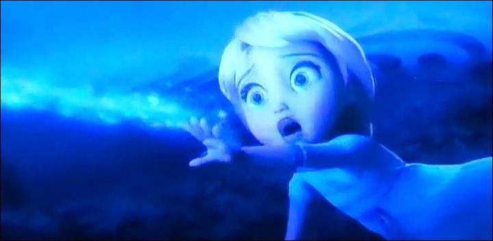Où Elsa blesse-t-elle Anna pour la première fois ?