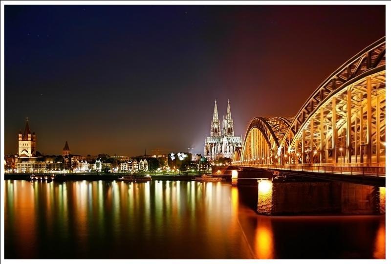 Dans quel pays peut-on visiter la ville de Köln ?