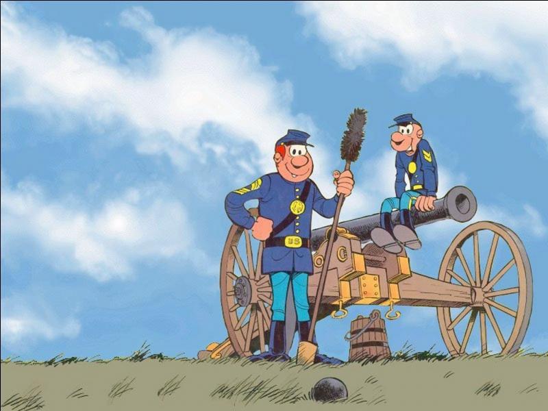 Quels sont les grades des deux héros des  Tuniques bleues  ?