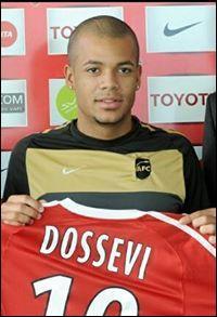 En quelle année a-t-il signé à Valenciennes ?