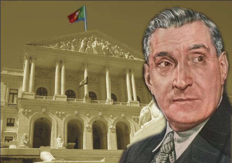 Durant la Seconde Guerre mondiale, Antonio de Oliveira Salazar réussit à maintenir une neutralité apparente du Portugal. Avec quel autre chef d'Etat signe-t-il un pacte de neutralité vis à vis du conflit 39-45 ?