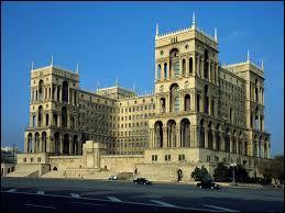 Quelle est la langue officielle de l'Azerbaïdjan ?