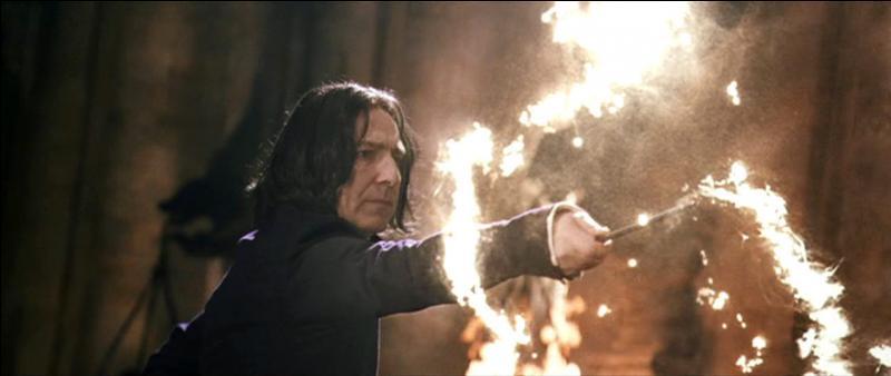 Un des sortilèges d'attaque magique les plus connus est sans doute le sortilège de Désarmement. On l'invoque grâce à la formule Expelliarmus. Où Harry Potter enseignera-t-il ce sortilège aux autres élèves de l'armée de Dumbledore dans  Harry Potter et l'Ordre du Phénix  ?