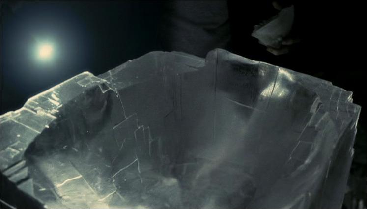 Plongez-vous dans  Harry Potter et le Prince de Sang-Mêlé . En allant récupérer quel horcruxe, Harry Potter utilise-t-il le sortilège d'Eau avec l'incantation Aguamenti pour donner de l'eau à Albus Dumbledore qui a soif ?