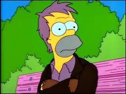 Quel était le métier de la mère de Herbert Powell (demi-frère de Homer Simpson) ?