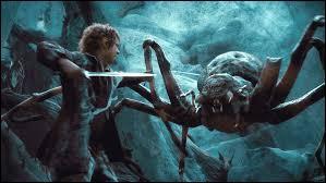 Qui sauve les nains des araignées géantes de La Forêt Noire ?
