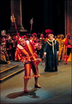 L'opéra  Rigoletto  de Verdi est un classique du répertoire lyrique. D'où vient son livret ?