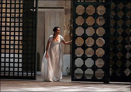 Quelle est l'origine de l'histoire de l'opéra  La clémence de Titus  de Mozart ?