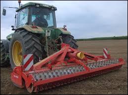 Quel est cet engin agricole ?