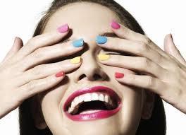Maquillage et vernis
